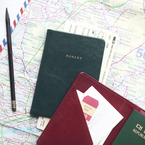 MOMENT Passport Case